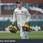 12th-man-cricket-4