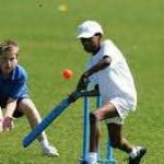 children-playing-cricket-2